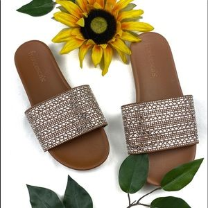 Francesca's Diamond slides Flats Slip ons Sandals